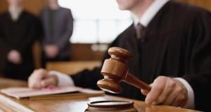 Bláznivé soudní pře