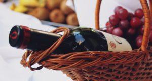 Potěšte druhé dárkovým balením vína