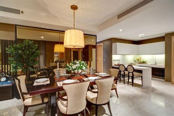 Luxusní nemovitost: Marina Bay Suites