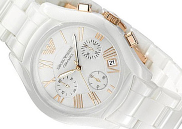 Kolekce hodinek Emporio Armani a Burberry