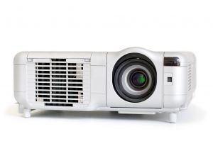 Proč je důležité měnit lampu v projektorech?