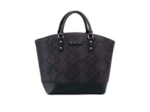 Kolik ženy utratí za kabelky a jak jsou na tom celebrity?