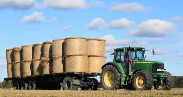 Vlastníte velký pozemek a uvažujete o koupi traktoru?