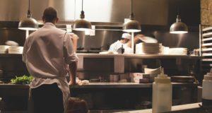 Vaření – ztráta času nebo naše lenivost?
