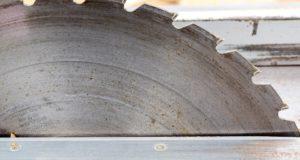 Neznalost neomlouvá! BOZP musí dodržovat i OSVČ pracující na dřevoobráběcích strojích