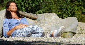 Úbytek estrogenu způsobuje ženám mnoho potíží