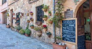 Středomořská nádhera na ostrovech, kde se psala historie?