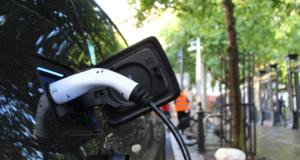 3 tipy, jak připravit váš dům na používání elektromobilu